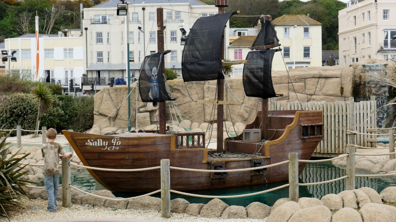Hastings PIrateship