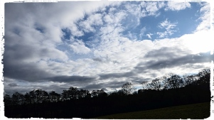 Sky+Border